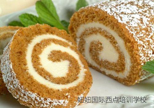 深圳沙井蛋糕培训学校叫大家南瓜蛋糕卷