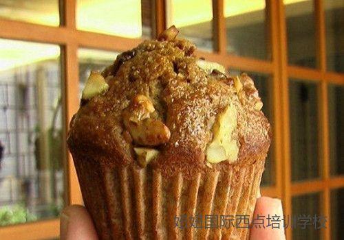 深圳龙华蛋糕培训学校教学桂圆小蛋糕