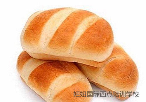 深圳宝安糕点培训学校教做奶油面包卷