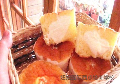 深圳宝安甜品培训学校教北海道戚风蛋糕
