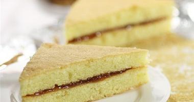 东莞塘厦咖啡培训学校教做果酱三明治蛋糕