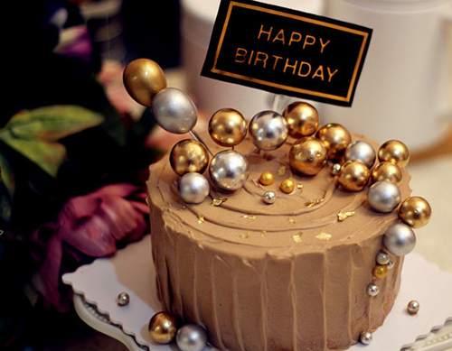 宝安碧头学做蛋糕的培训学校做巧克力奶油生日蛋糕的做法
