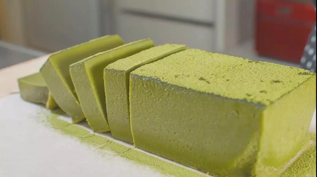 深圳蛋糕培训学校教你做超风靡的牛乳砖