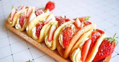 深圳妞妞蛋糕培训学校教你做草莓欧蕾蛋糕