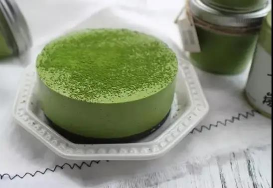 深圳罗湖西点蛋糕学校教你做抹茶慕斯蛋糕
